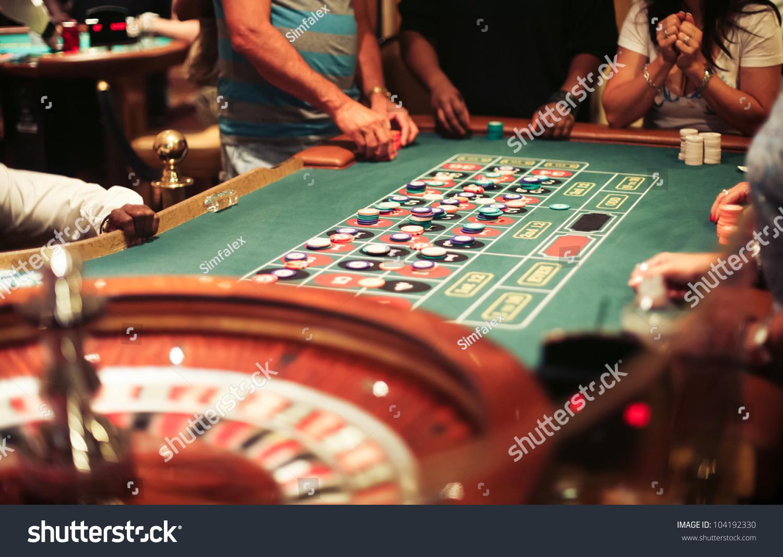 русская рулетка играть i на деньги
