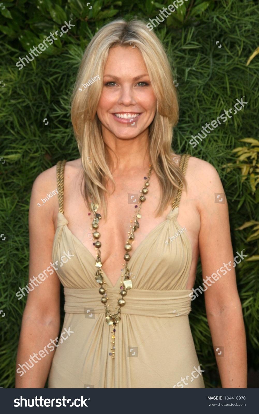 Andrea Roth Andrea Roth new picture