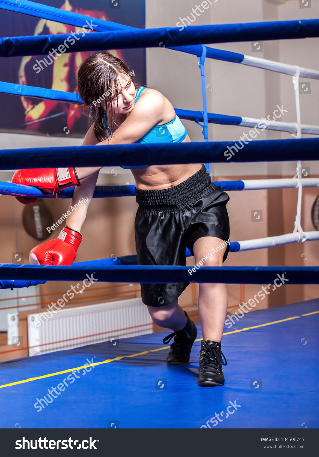 how to become a ring girl for boxing