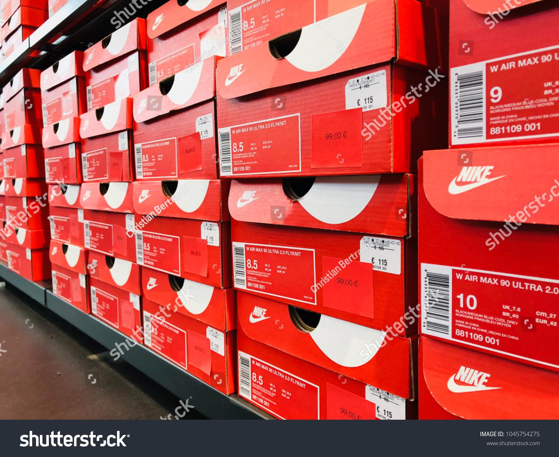 victoria abajo Manuscrito  Barcelona Mar 13 Inside Nike Store Stock Photo (Edit Now) 1045754275