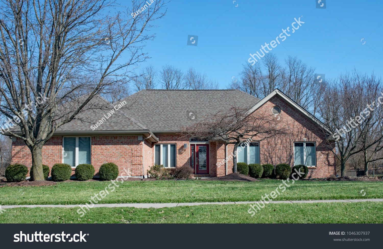 Red Brick Ranch House Stock Photo Edit Now 1046307937