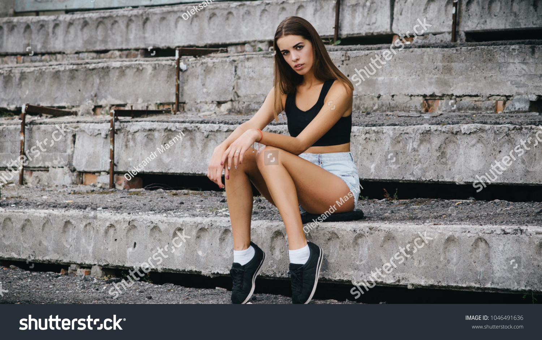 Fashion Model Street Photography Poses Photo Stock Photo Edit Now 1046491636