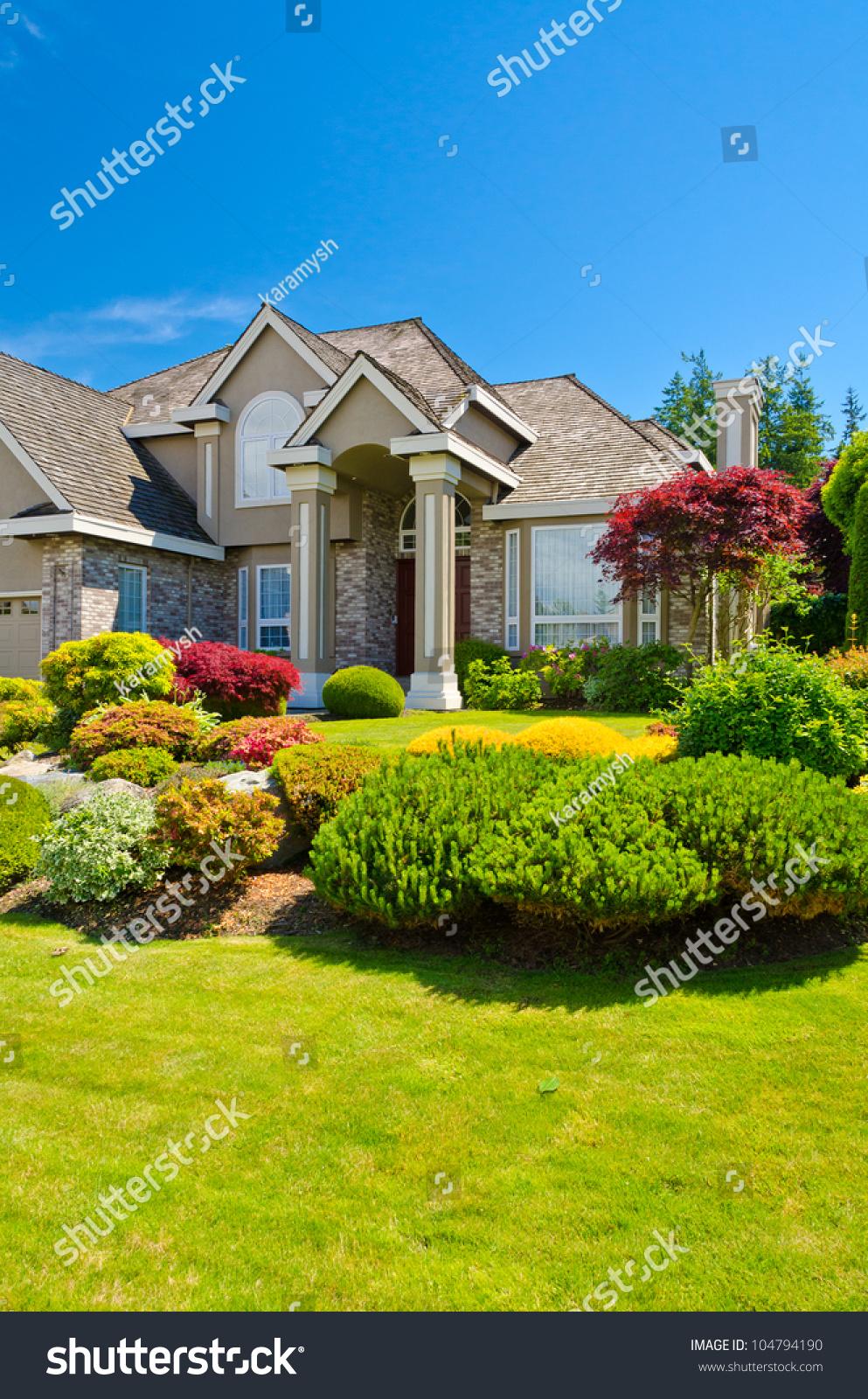 Nice Entrance Luxury House Over Blue Stock Photo 104794190