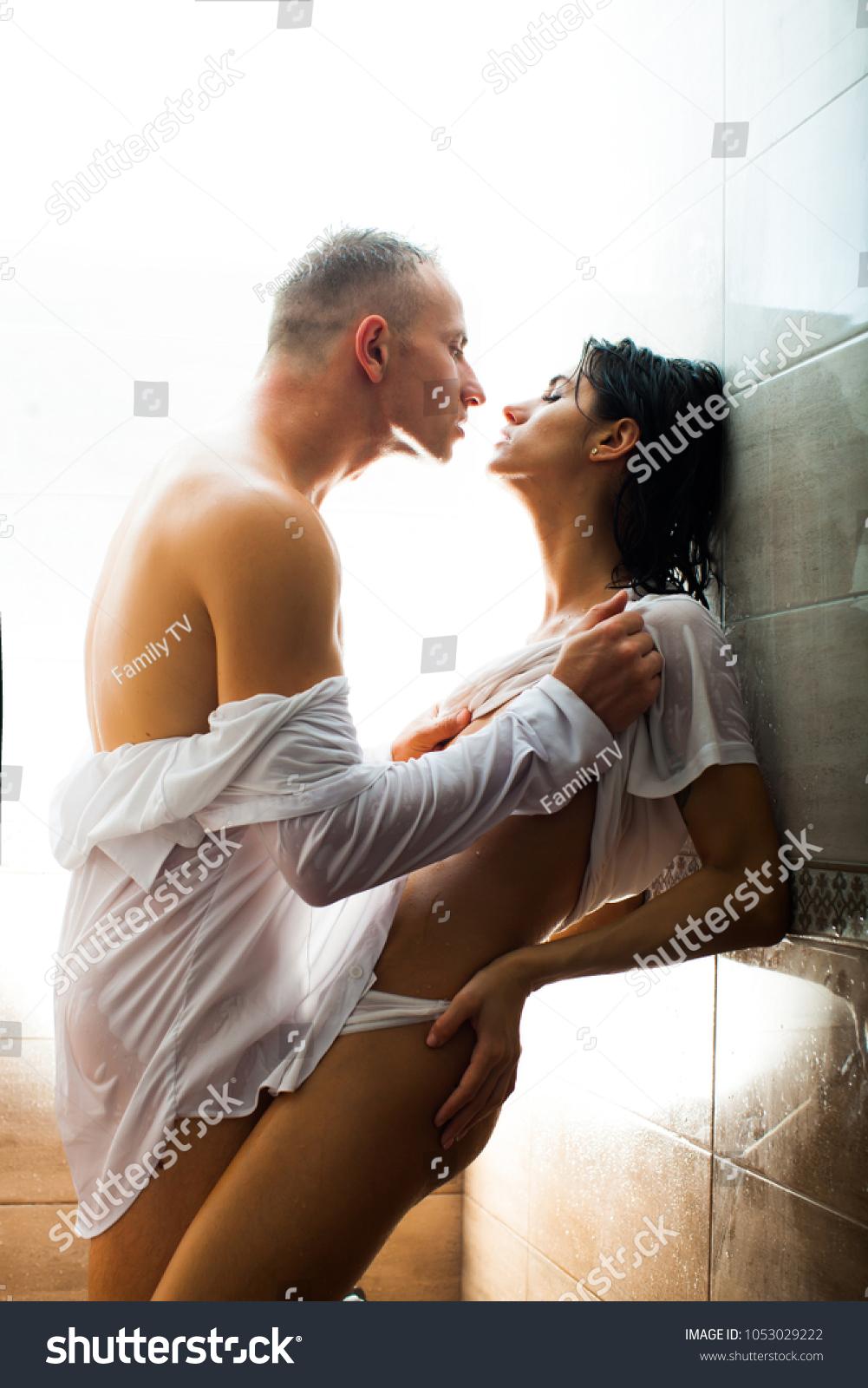 Играть в секс страстный и голый, армянка в сперме