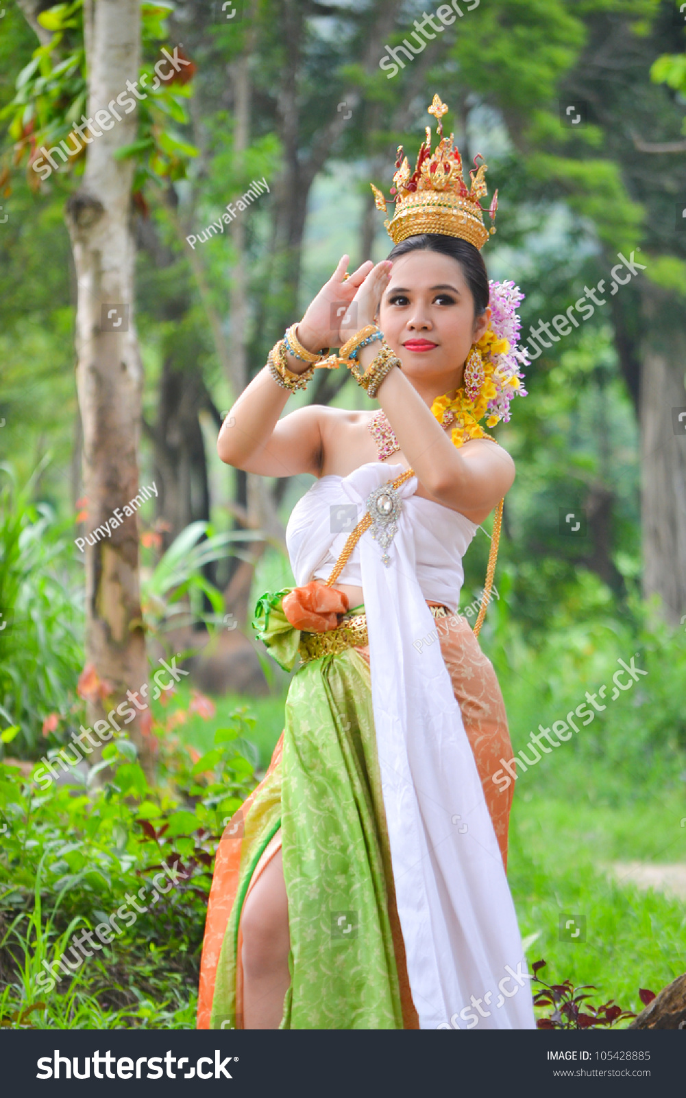 Southeast Asian Women In Any 34