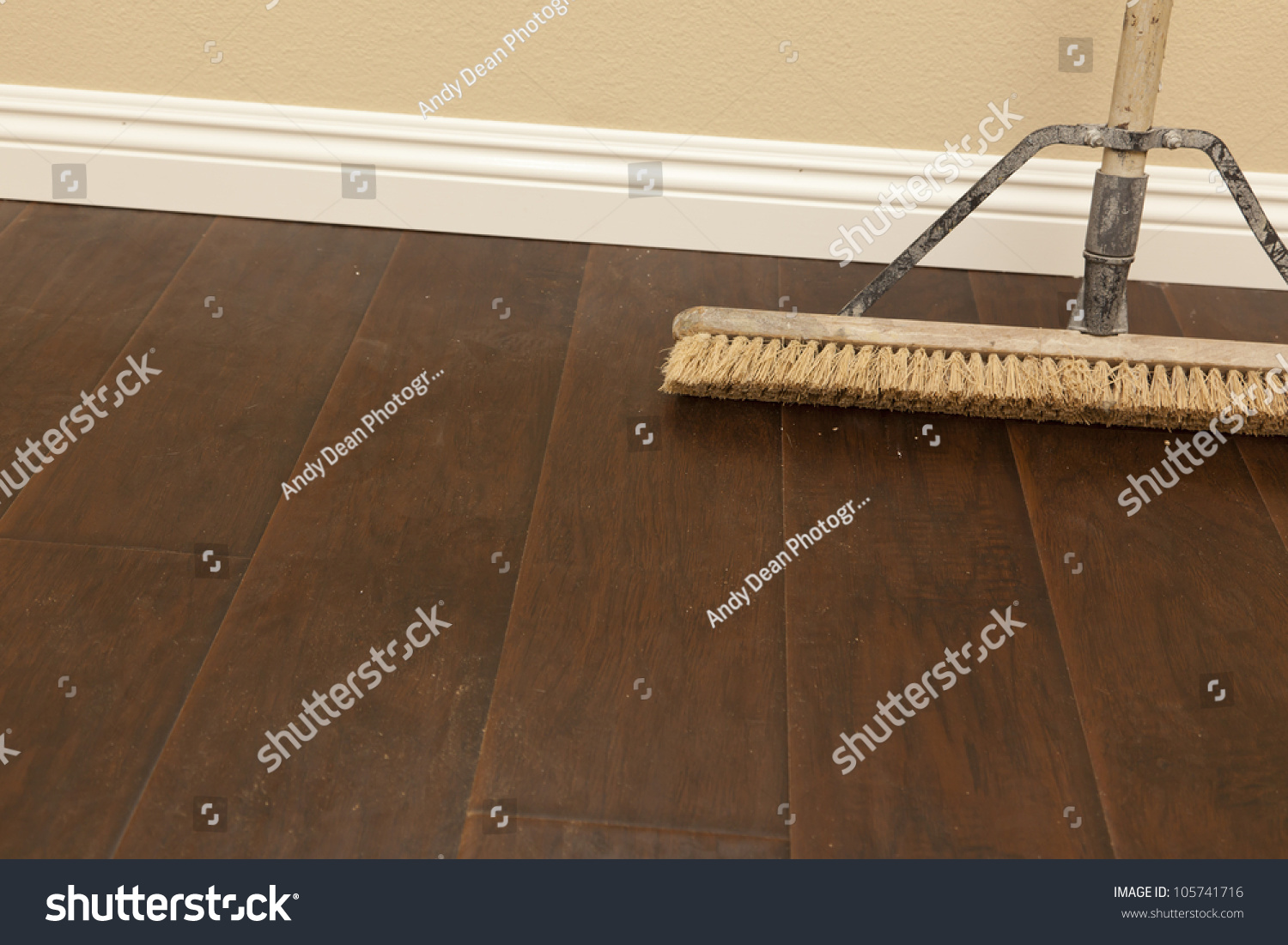 Best sweeper for hardwood and tile floors