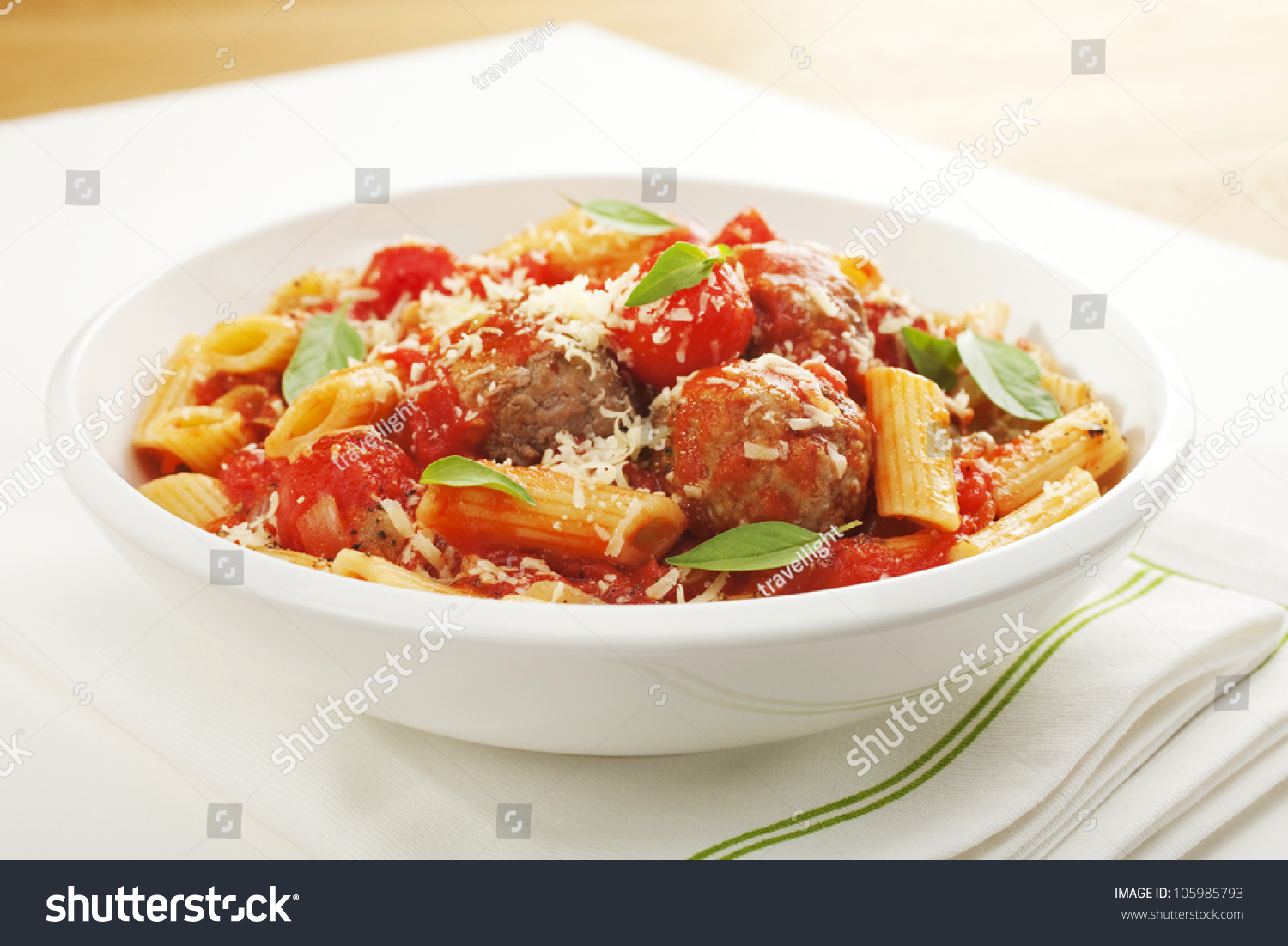 how to make penne pasta with tomato basil sauce