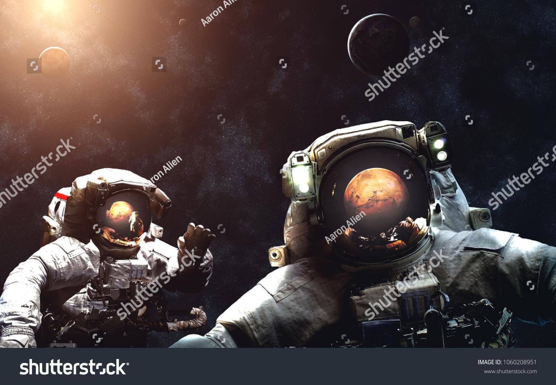 Arrival Mars Astronauts Solar System Image Stock Photo Edit Now 1060208951