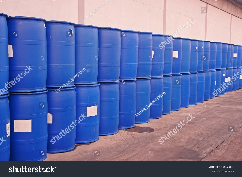 plastic drum container for liquid solvent & Plastic Drum Container Liquid Solvent Stock Photo (Safe to Use ...