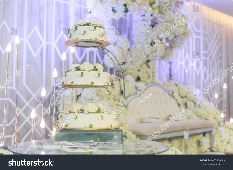 Contemporary Malay Wedding Decor Photos - Wedding Dress Inspiration ...