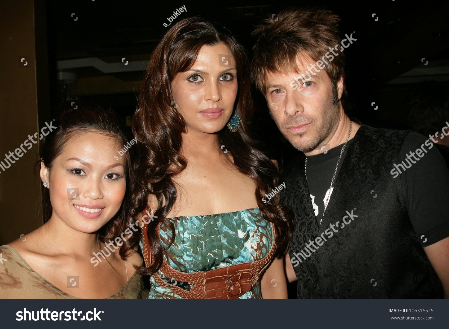 Discussion on this topic: Tina Dutta, kimi-verma/