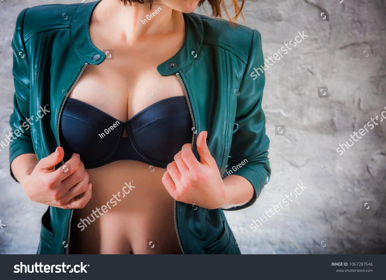 breast hot girl