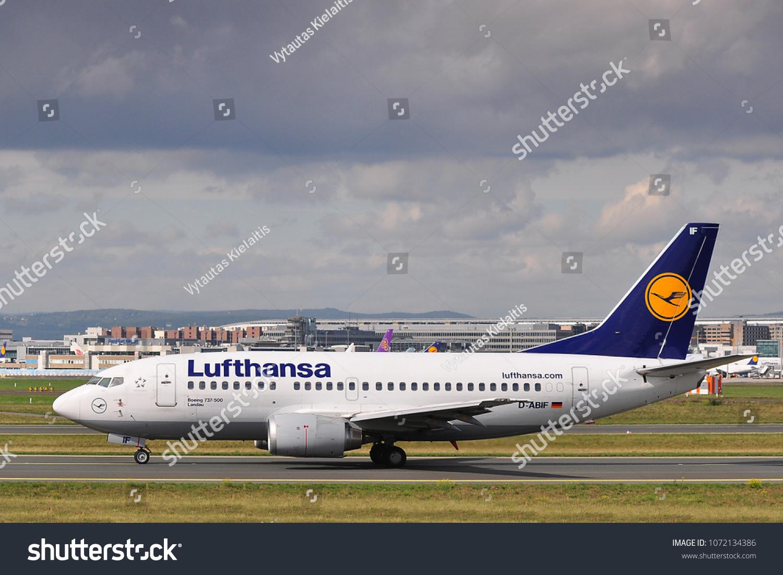 Frankfurtgermanyseptember 242015lufthansa Boeing 737500 Stock Photo Edit Now 1072134386