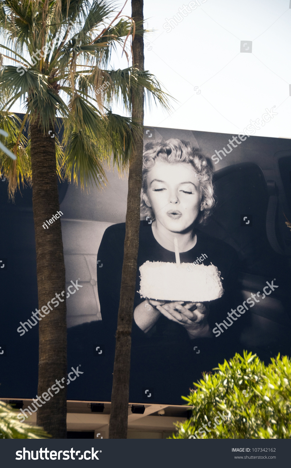 Awesome Cannesmay 15 Otto Beckmanns Iconic Photo Stock Photo Edit Now Funny Birthday Cards Online Alyptdamsfinfo