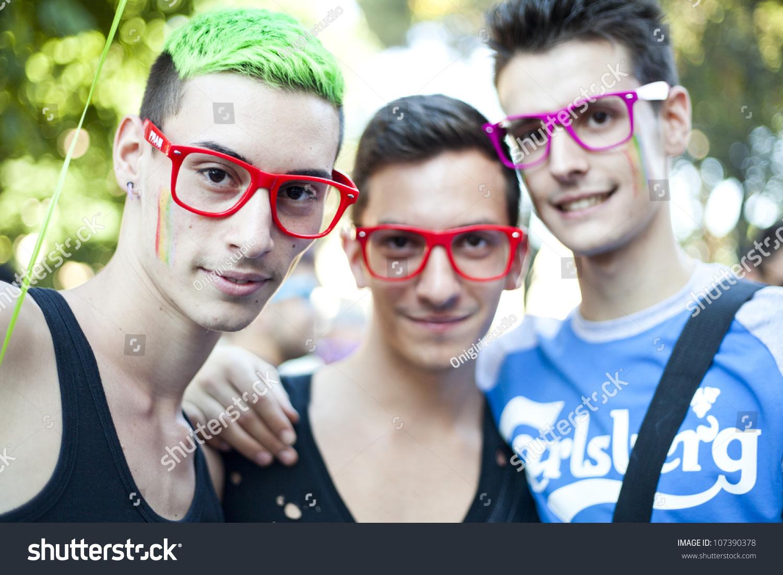 gay italy video annunci gay viareggio