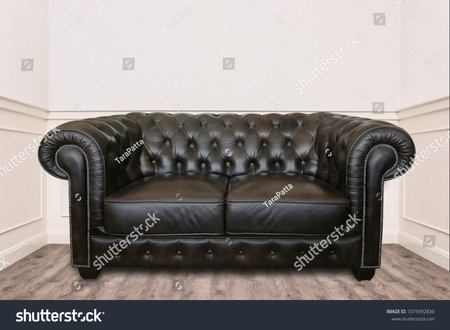 - Leather Sofa Small Cozy Room Clean Stock Photo (Edit Now) 1075992836