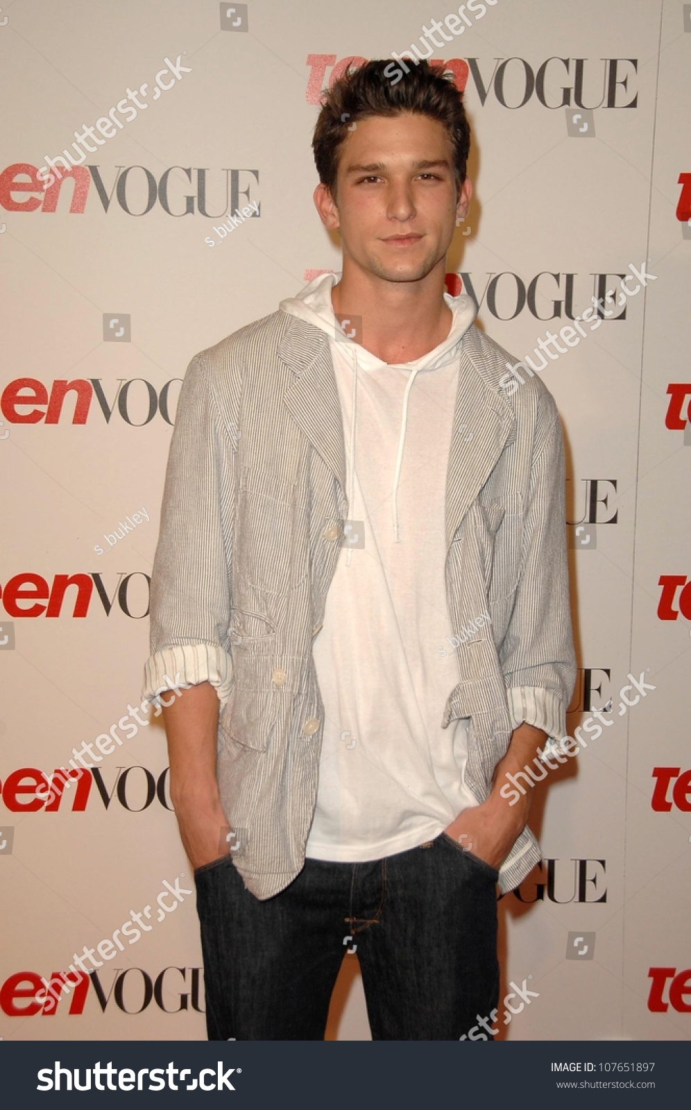 Daren Kagasoff Teen Vogue Young Hollywood Stock Photo Edit Now 107651897 Daren kagasoff, who you may know as ricky on secret life of the american teenager, is working on a new project. https www shutterstock com image photo daren kagasoff teen vogue young hollywood 107651897