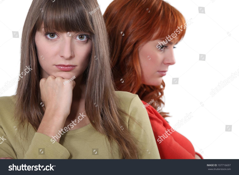Снять двух подружек в в спб 1 фотография