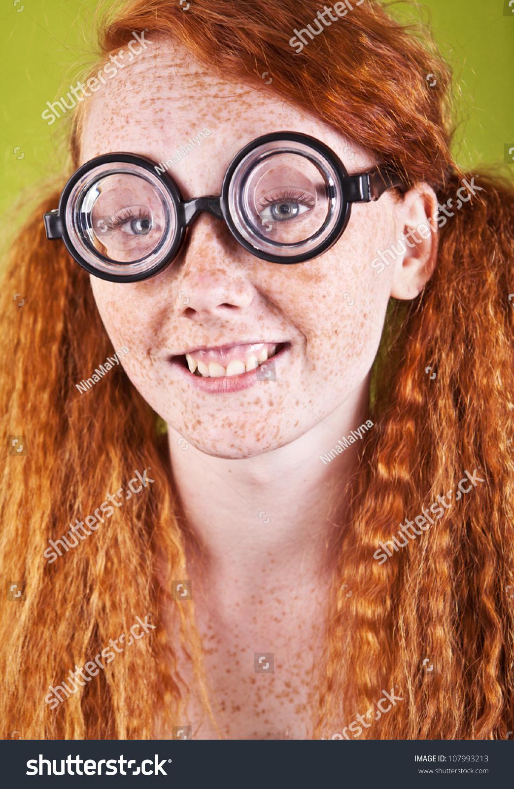 Idiot Nerd Girl | Know Your Meme