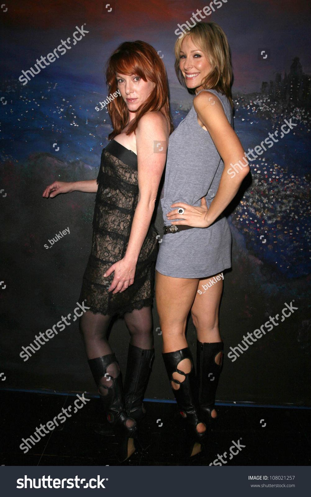 Shana Sosin Nude Photos 16