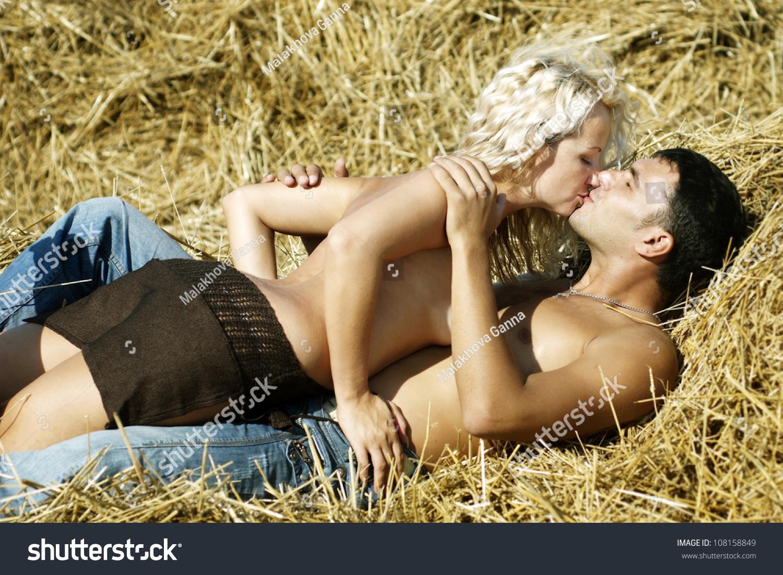 Традиционный секс в постели 19 фотография