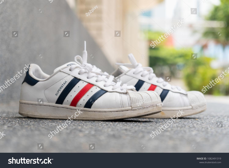 brand new 7cdf6 32b40 BANGKOK, THAILAND - MARCH 24, 2018   Adidas original classic Red, White and