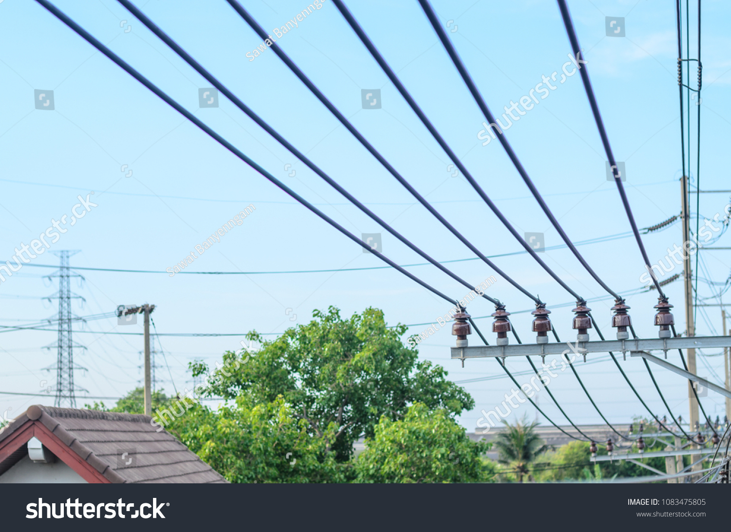 Roof Pole With Wires Wire Center Fet As A Vvrvoltage Variable Resistor Electronic Circuits And Electrical On Above Stock Photo Edit Now Rh Shutterstock Com Climbing