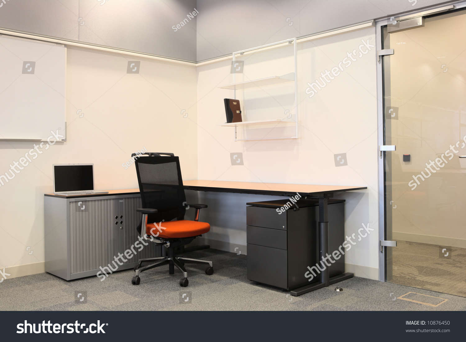 Empty Office New Modern Office Furniture Stock Photo 10876450 ...