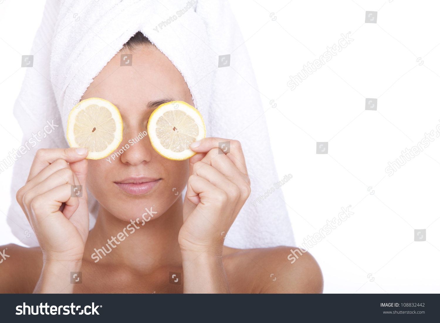 how to clean face with lemon