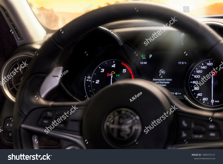 Alfa Romeo Giulia Steering Wheel Stock Photo Edit Now 1089310121