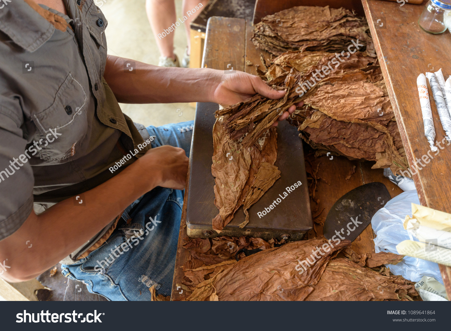 Demonstration Production Handmade Cigars Close On Stock