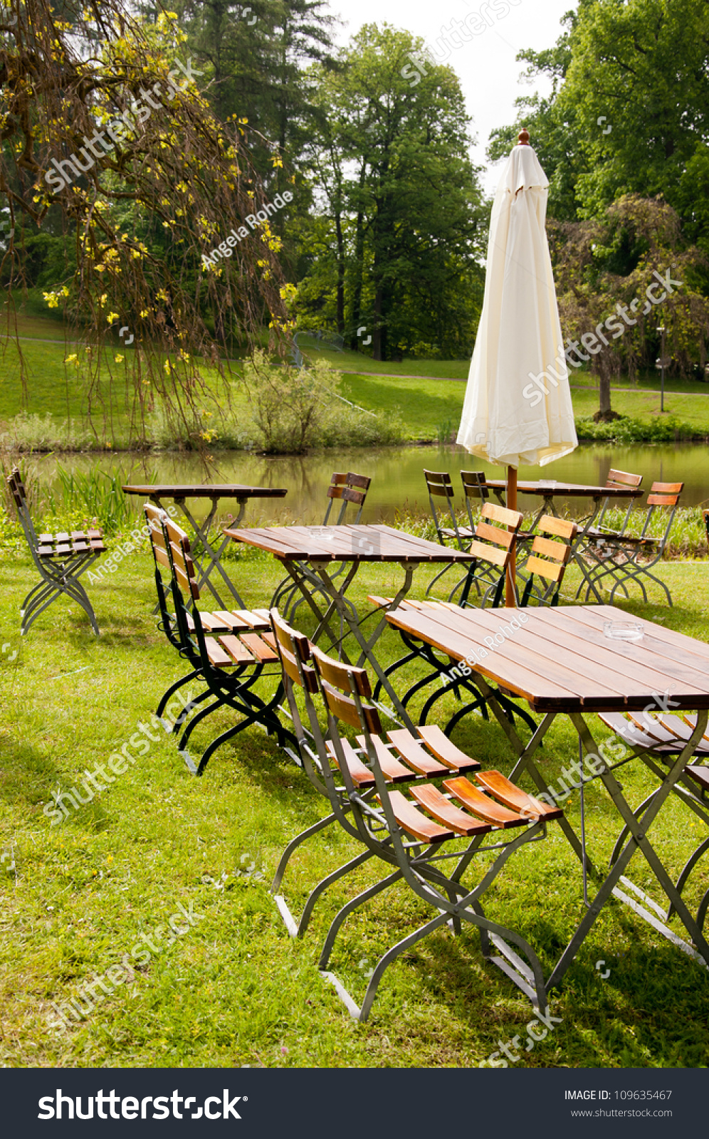Beautiful Place Lakeside A German Pub Garden Stock Photo 109635467 Shutterstock