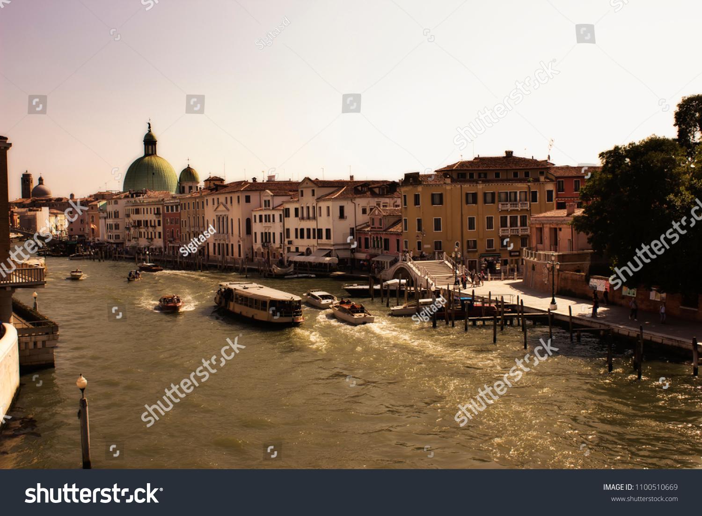 Venice Grant Nude Photos 62