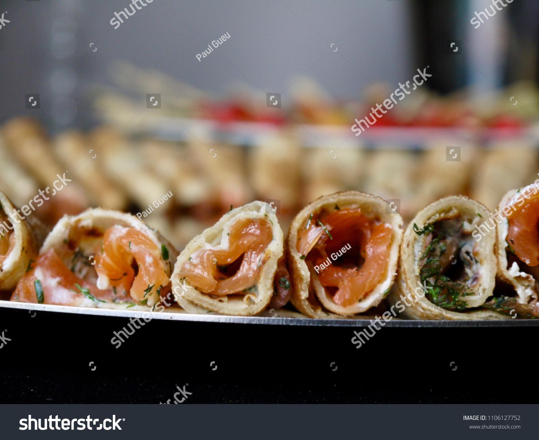 Image De Plat De Cuisine plat de sandwichs saumon yaourt yoghurt stock photo (edit
