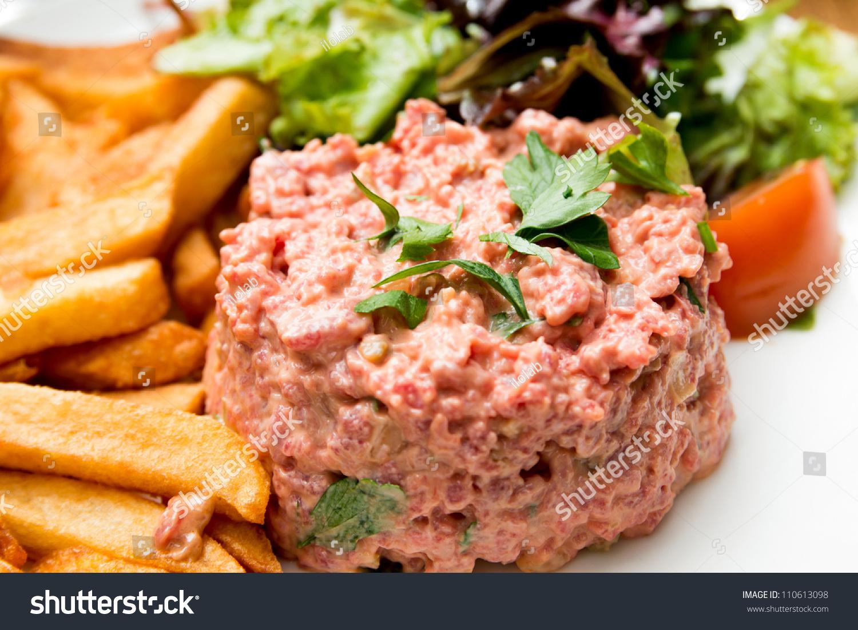 Tasty Tartare(Raw Beef) - Classic Steak Tartare On White Plate Stock ...