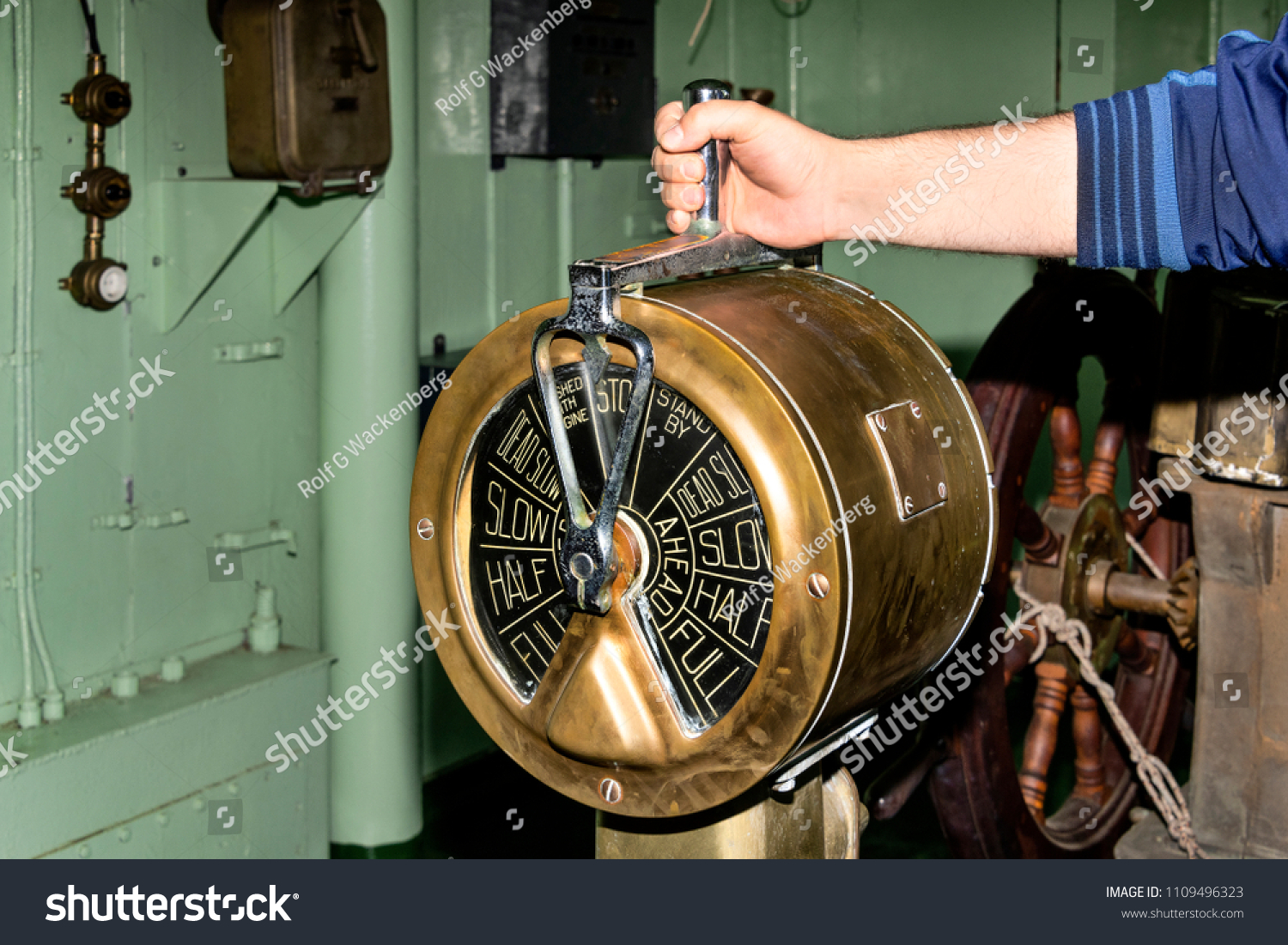 Where to hand over the old equipment
