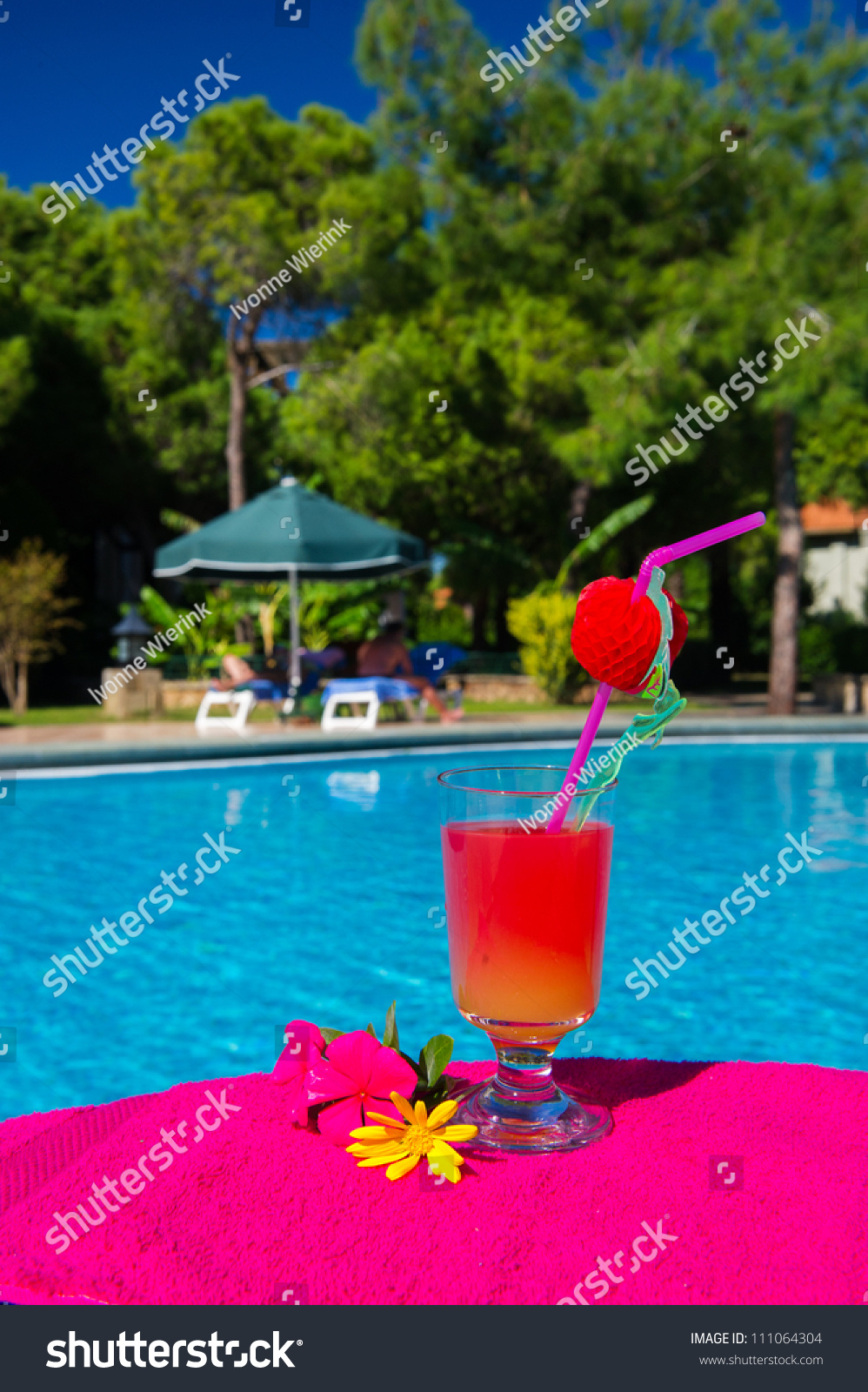 Glass Cocktail Drink At The Luxury Outdoor Swimming Pool Stock Photo 111064304 Shutterstock