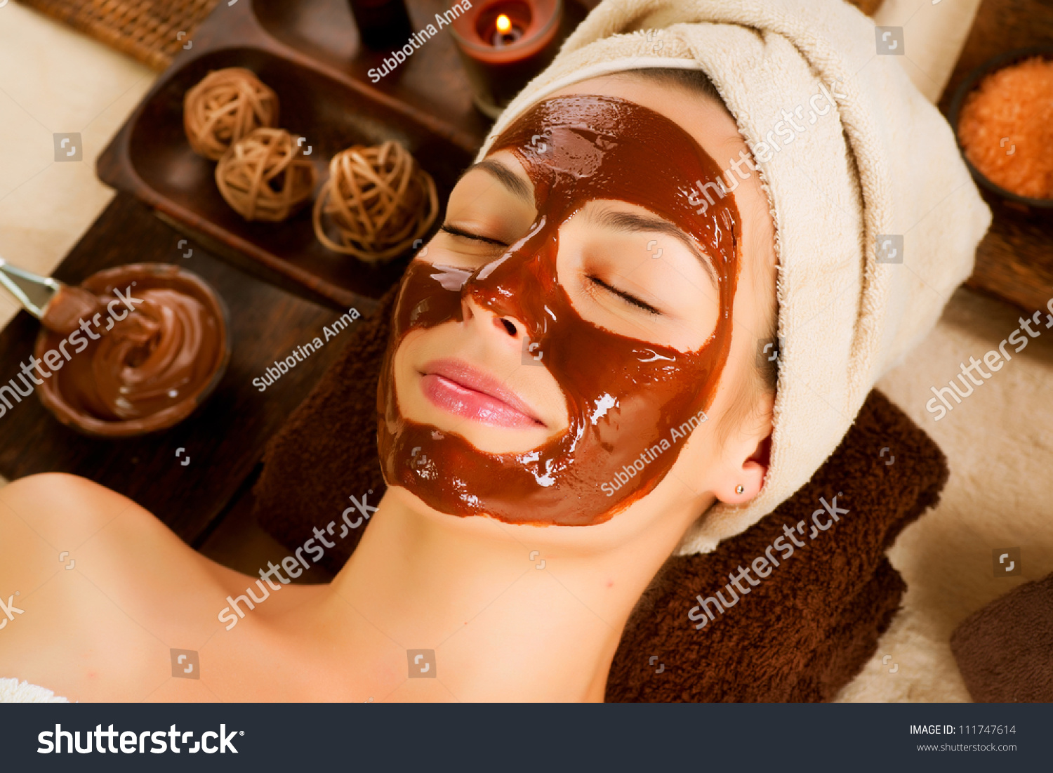 Spa maskfacial chocolate spa mask chocolate stock photo for A trial beauty treatment salon