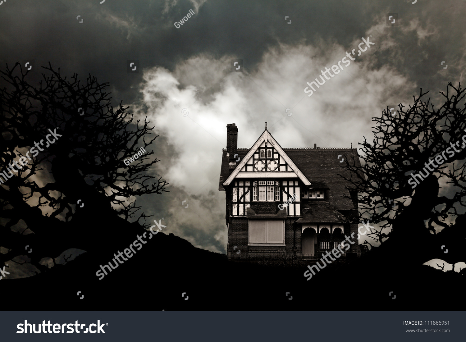 Old Vintage Eerie Haunted House Creepy Stock Photo Royalty Free 111866951