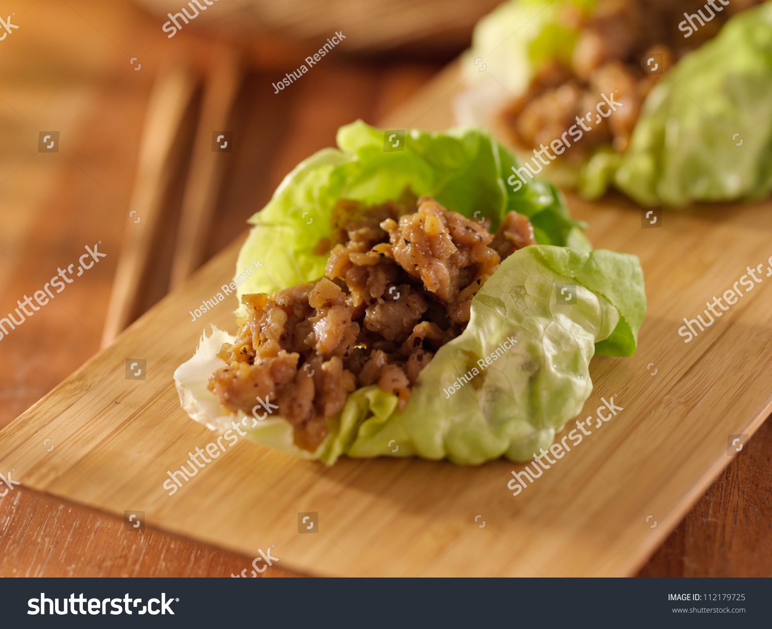 asian minced chicken lettuce wrap