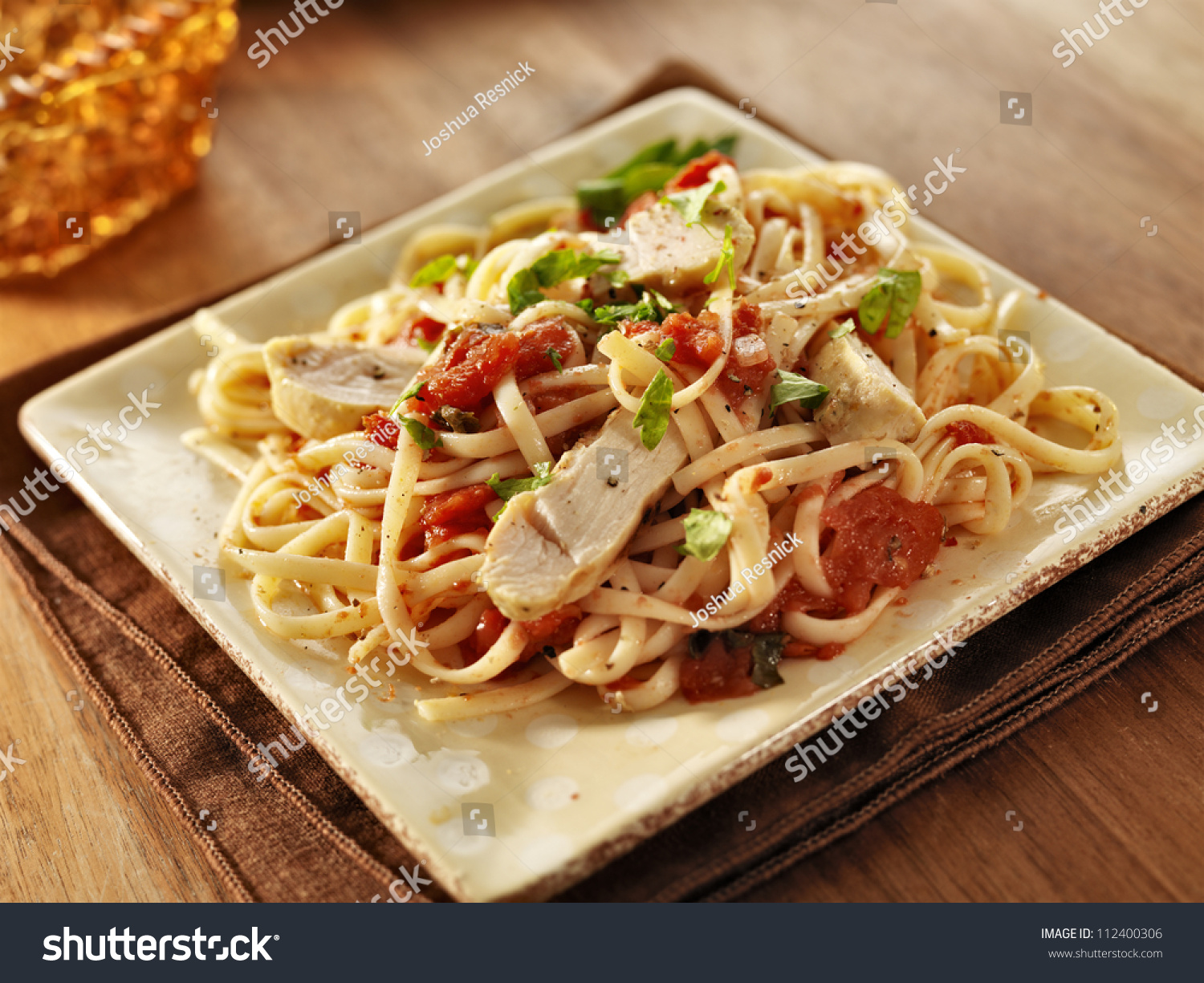 Tomato Herb Linguine With Grilled Chicken Slices Stock Photo 112400306 ...