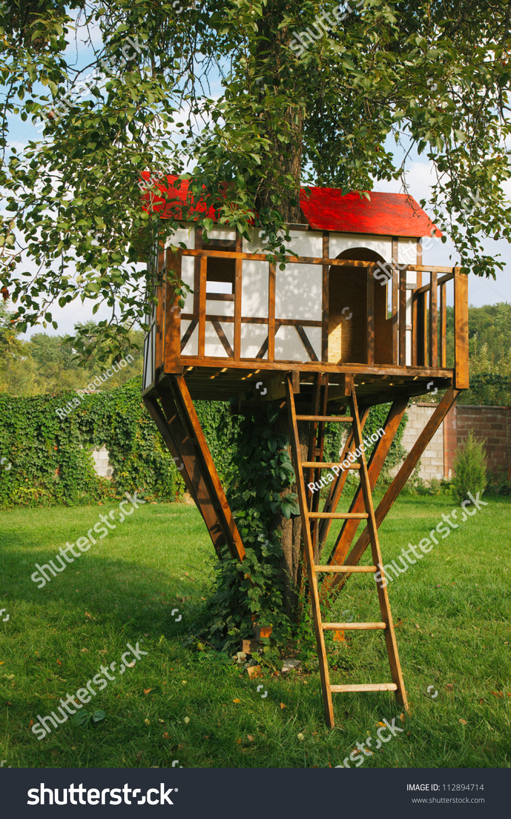 Cute Small Tree House Kids On Stock Photo 112894714