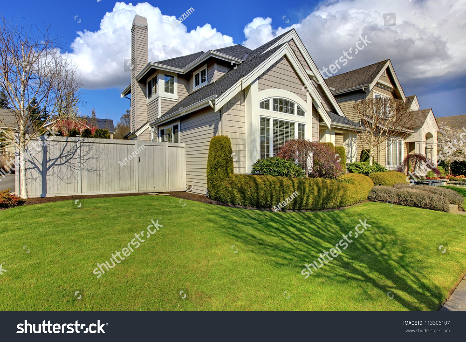 Classic American House Fence Green Grass Stock Photo