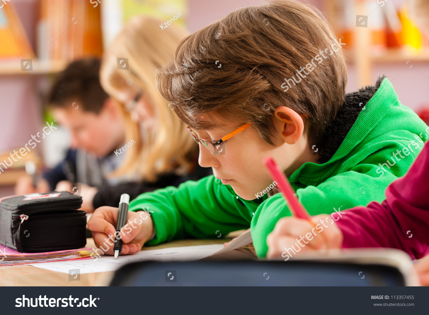 pupils at elementary school and their Greece - educational system—overview  primary school pupils attend 23 to 30 lessons a week  in 1991-1992 in elementary schools,.
