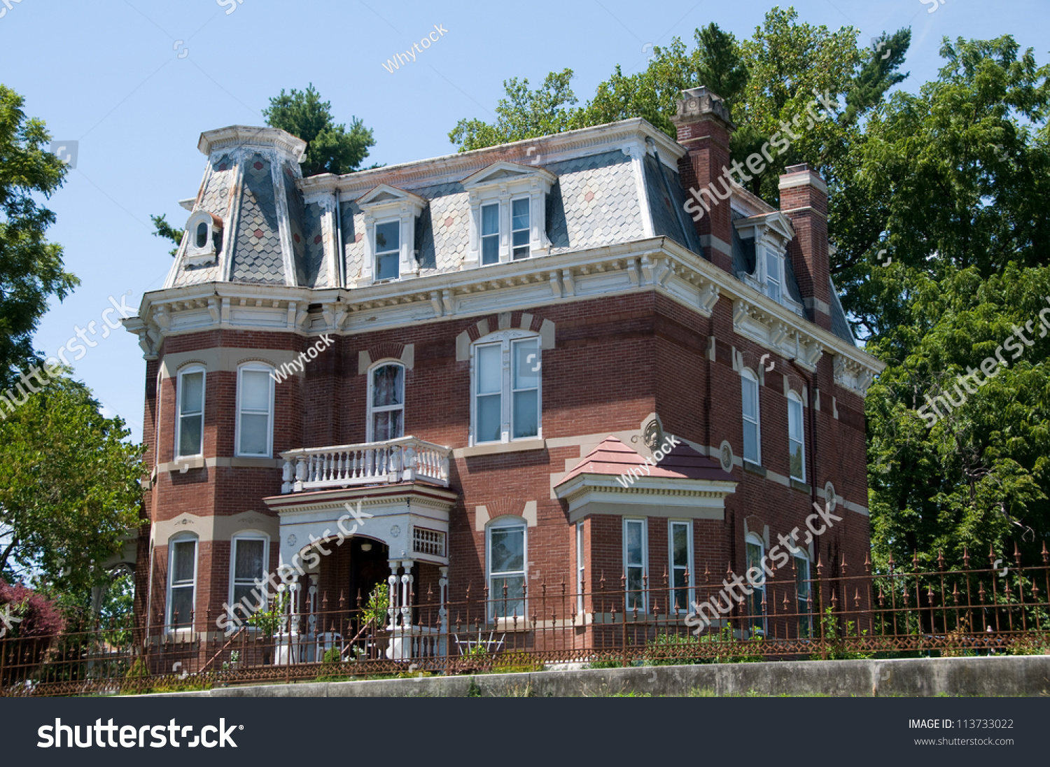Classic american home stock photo 113733022 shutterstock for American classic house mouse