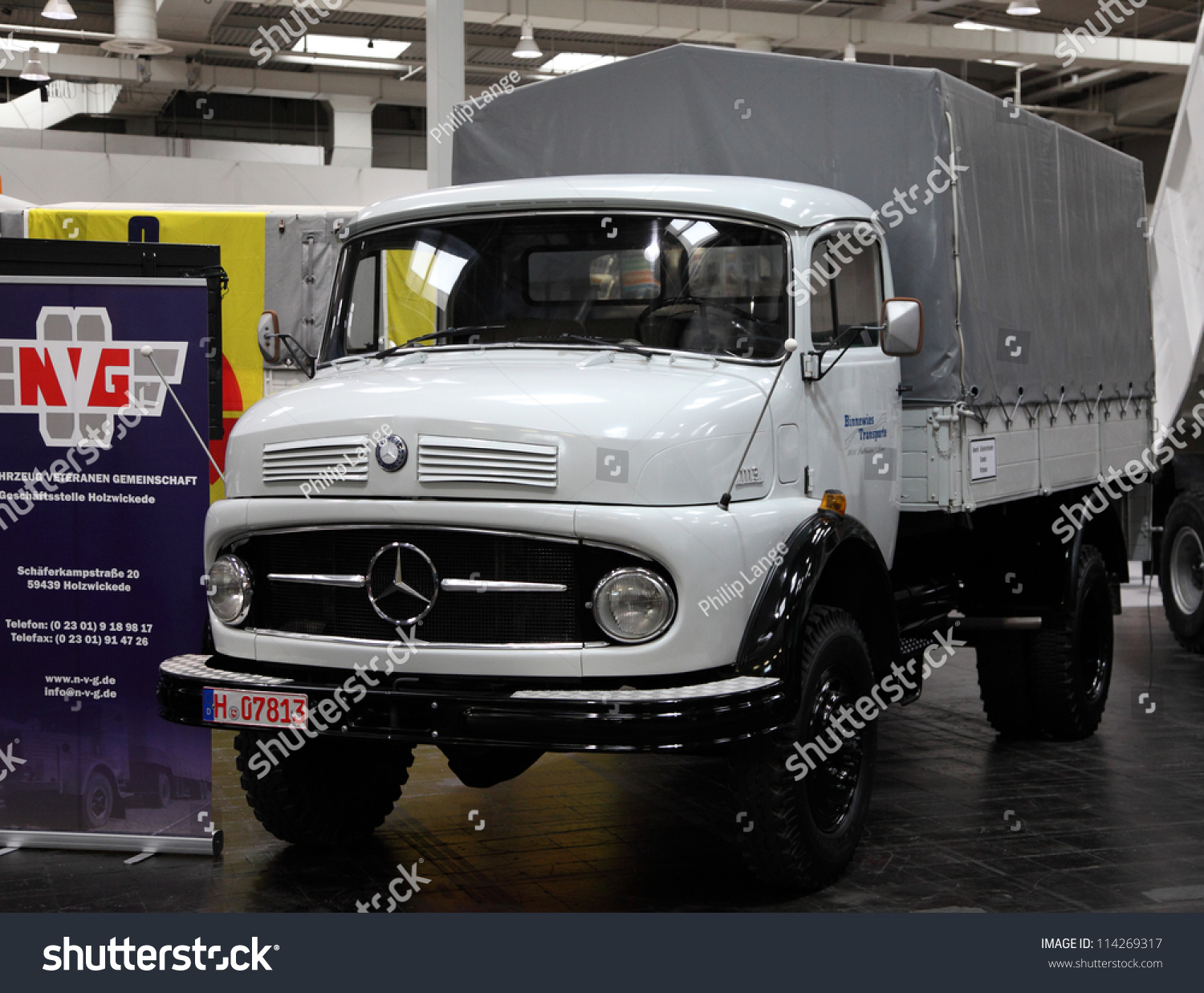 hannover sep 20 mercedes benz 1113 truck from 1965 at the international motor show for. Black Bedroom Furniture Sets. Home Design Ideas