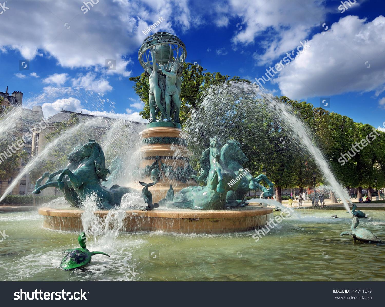 Photo Fontaine De Jardin fountain observatory la fontaine de lobservatoire stock