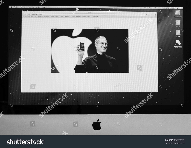 Bangkok October 5 Apple Website Display Stock Photo ...