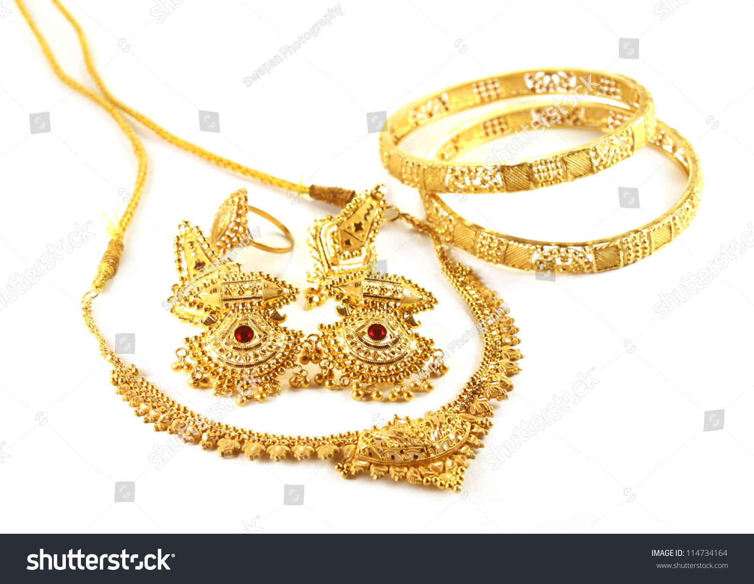 Wedding Gold Jewelry Indian Bride Stock Photo 114734164 - Shutterstock
