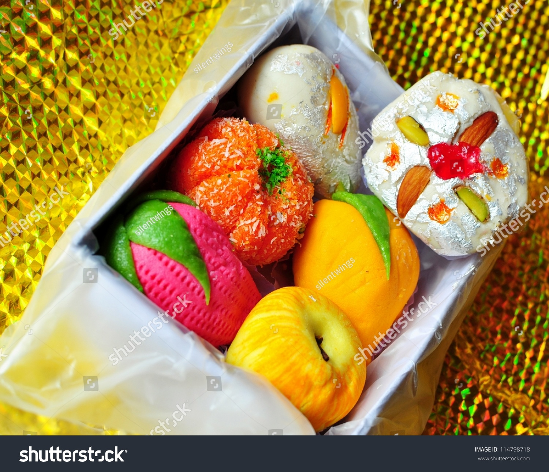 Diwali Mithai Box Colo...